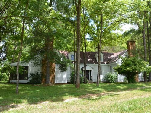 Manageable Manor : Meherrin : Prince Edward County : Virginia
