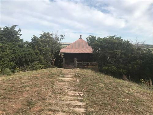 Hide Away Log Cabin on 3.28 Acres : Hydro : Caddo County : Oklahoma