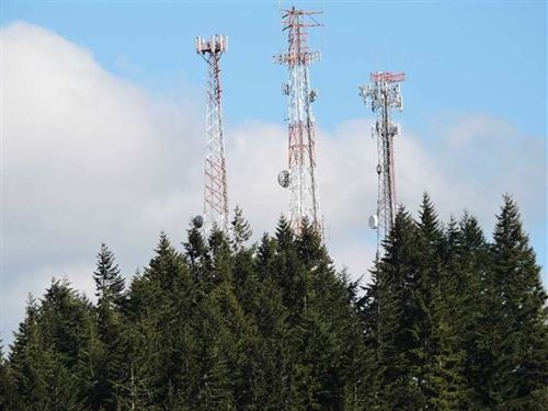 Boomer Hill Cell Tower Hill : Myrtle Creek : Douglas County : Oregon