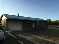 3 Bedroom 1.5 Bath Home on 13 : Evening Shade : Sharp County : Arkansas