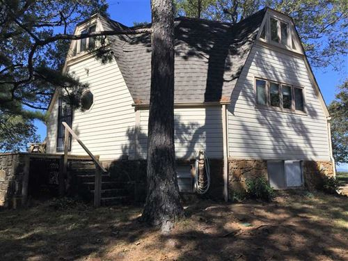 5 Acres With a Unique Decagon : Witts Springs : Searcy County : Arkansas