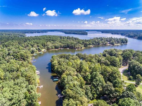 Lake Front Home On Lake Oconee : Eatonton : Putnam County : Georgia