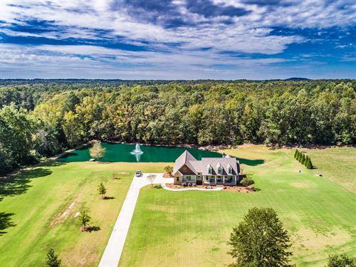 Remarkable Ranch On 5+ Acres : Monroe : Walton County : Georgia
