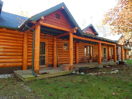 Ess Lake - Beautiful Log Home : Hillman : Montmorency County : Michigan