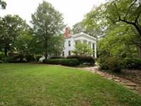 Multi-Zoned 5 Br Historic Home : Madison : Morgan County : Georgia
