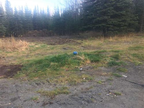 This Home is on 4.56 Acres of Leve : Sterling : Kenai Peninsula Borough : Alaska