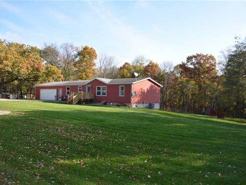 4Br/3Ba Home For Sale in Albia, IA : Albia : Monroe County : Iowa