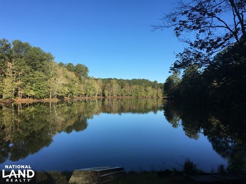 Secluded Home Overlooking Beautiful : Clinton : Laurens County : South Carolina