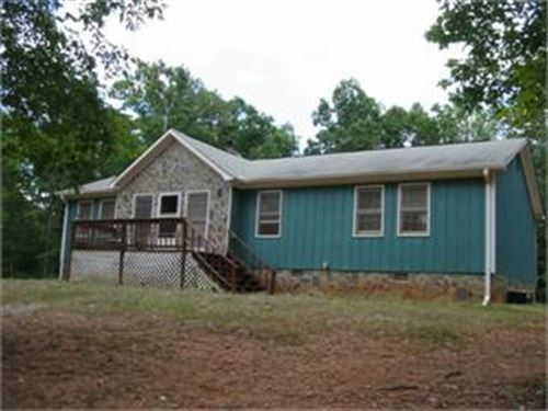 Cute Home With Acreage : Milner : Lamar County : Georgia