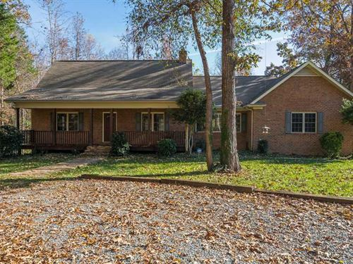 15.56 Acres in Mecklenburg County : Huntersville : Mecklenburg County : North Carolina