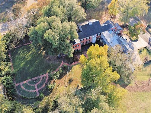 Historic Colonial Home For Sale : Paris : Lamar County : Texas