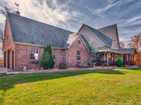 151 Acres With 6 Bed/5 Bath Es : Bruner : Christian County : Missouri