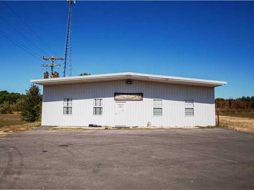 Commercial Property on 4 Acres For : Fairdealing : Ripley County : Missouri