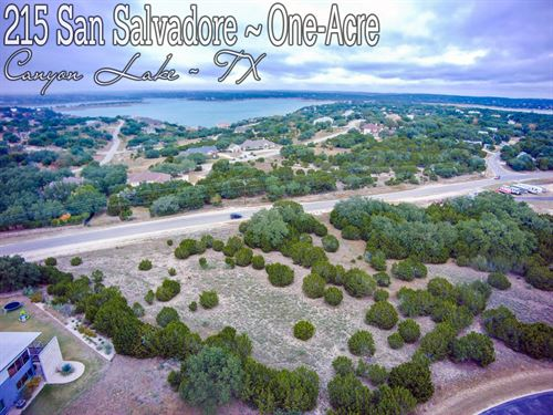 1.01 Acre In Comal County : Canyon Lake : Comal County : Texas