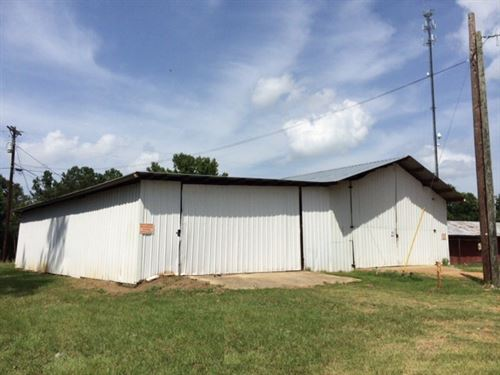 Multi-Use Property W/ Easy Access : Woodville : Wilkinson County : Mississippi