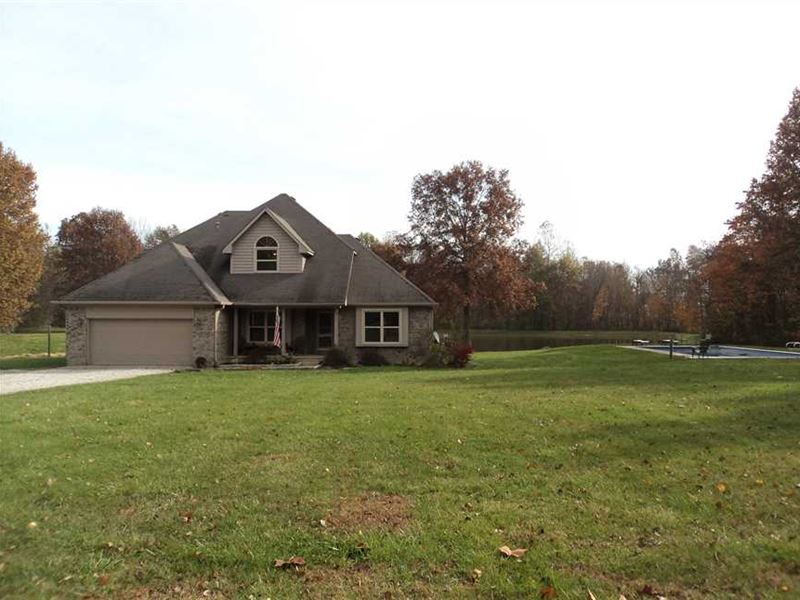 15 Acres Of Enjoyable Living Near : Cloverdale : Putnam County : Indiana