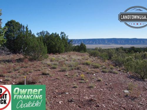 2.08 Acre Seligman Lot With Beautif : Seligman : Yavapai County : Arizona