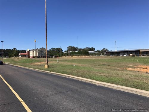 Prime Commercial Lot : McComb : Pike County : Mississippi