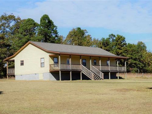 Newly Built Home on 2.940 Acres : Leslie : Searcy County : Arkansas
