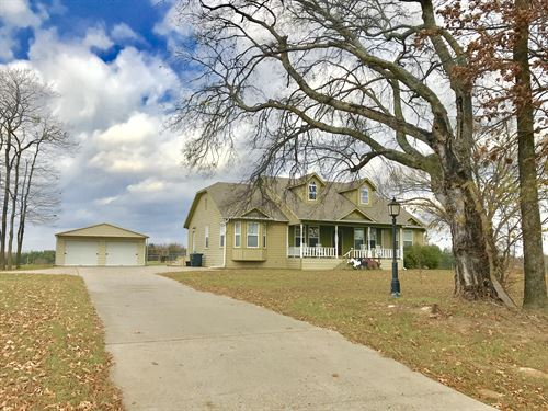 Country Home On 2 Acres : Sulphur Springs : Hopkins County : Texas