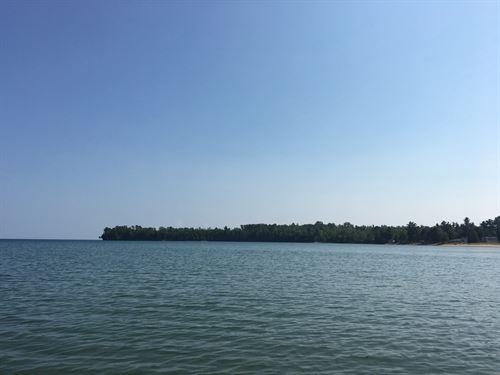 Louis Point Road : Lake Linden : Houghton County : Michigan