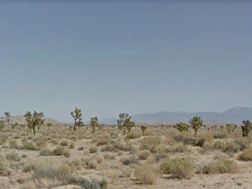 2.59 Acres In Lancaster, CA : Lancaster : Los Angeles County : California