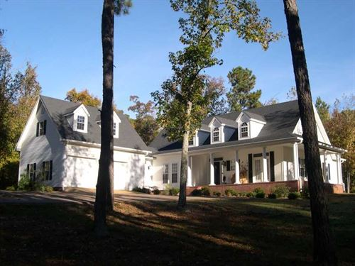10 Acres Southern Living Home With : Eastview : McNairy County : Tennessee