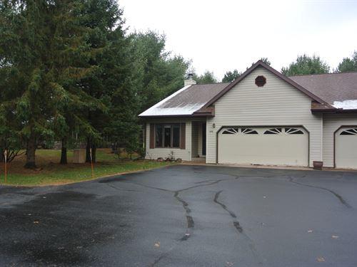 Affordable Timber Ridge Condo : Minocqua : Oneida County : Wisconsin