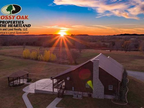 Lakeside Cedar Lodge : Cherryvale : Montgomery County : Kansas