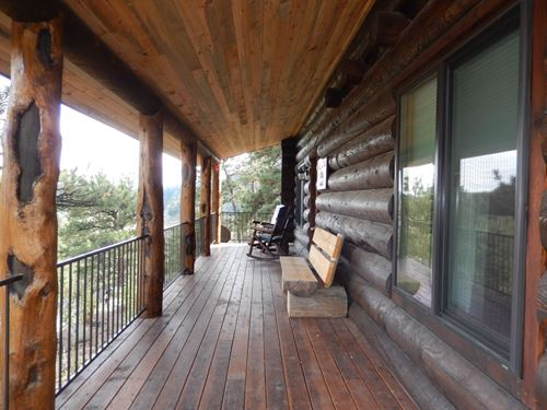 Colorado Log Home : Florissant : Teller County : Colorado