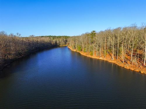 4.5 Acre Residential Tracts On Lake : Greer : Greenville County : South Carolina