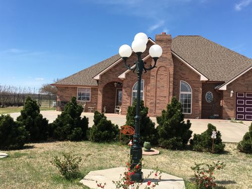 Nice Brick Home With 5 Acres : Fairview : Oklahoma County : Oklahoma