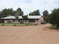 Southern Arizona Ranch : Willcox : Cochise County : Arizona