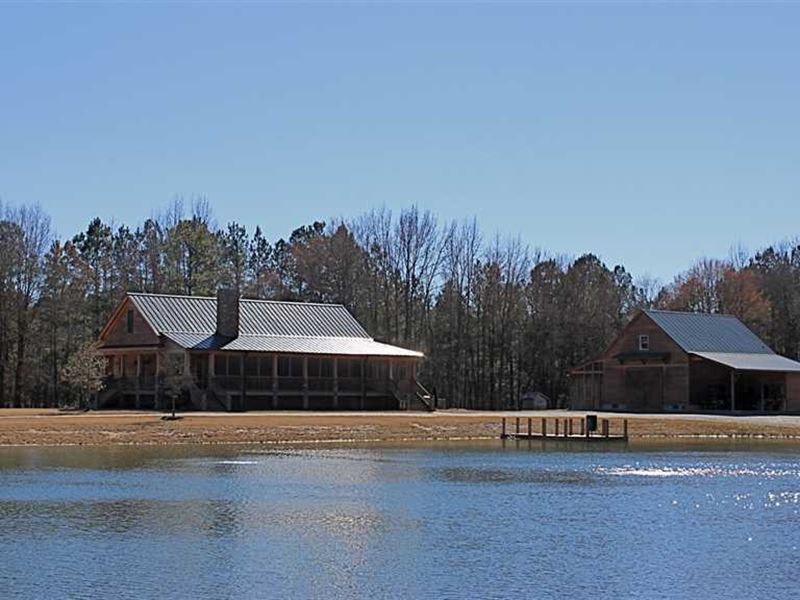 545 Acres on Cape Fear River : Fayetteville : Cumberland County : North Carolina