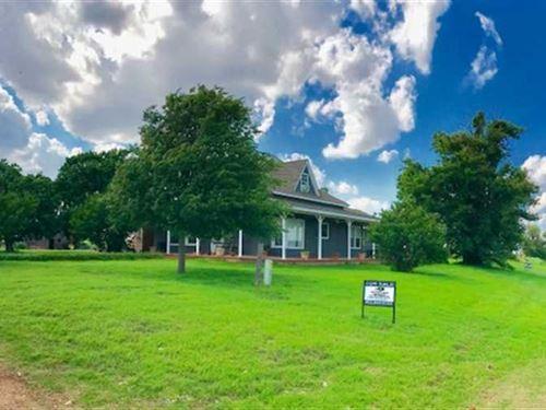 Country Farm Estate - Atmosphere : Carnegie : Caddo County : Oklahoma