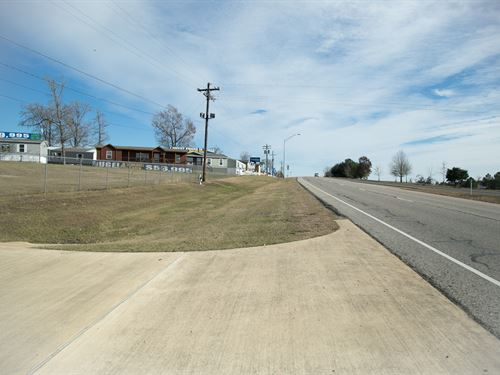 3.7 Ac Ready To Build Open Lot I-45 : Huntsville : Walker County : Texas