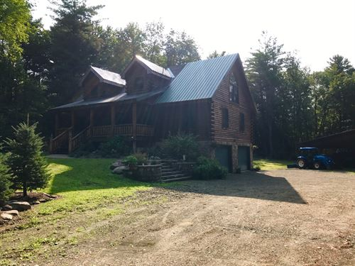 Stunning Log Home With 80 Acres : Williamstown : Oswego County : New York