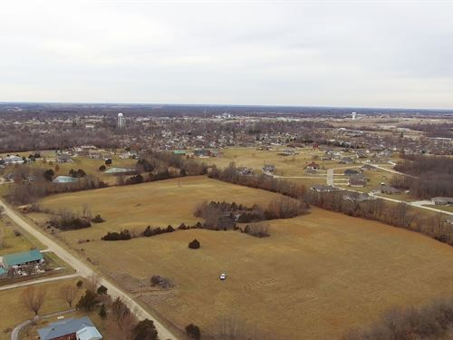 24 Acres Walnut St, Macon County : Macon : Missouri