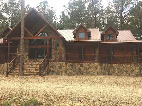 Custom 5 Bedroom 5 Bath Cabin in : Hochatown : McCurtain County : Oklahoma