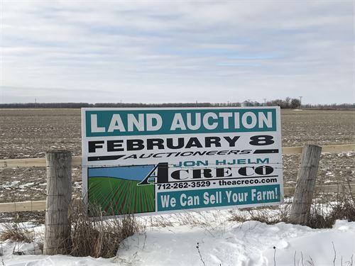 Level Farmland Just Off I-29 : Blencoe : Monona County : Iowa