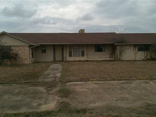 Land With Home : Annona : Red River County : Texas