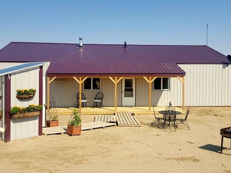 Off Grid Pole Barn W Apartment Powell Park County Wyoming