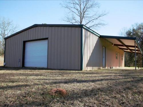 18 Acres And Camp In Jefferson Davi : Prentiss : Jefferson Davis County : Mississippi