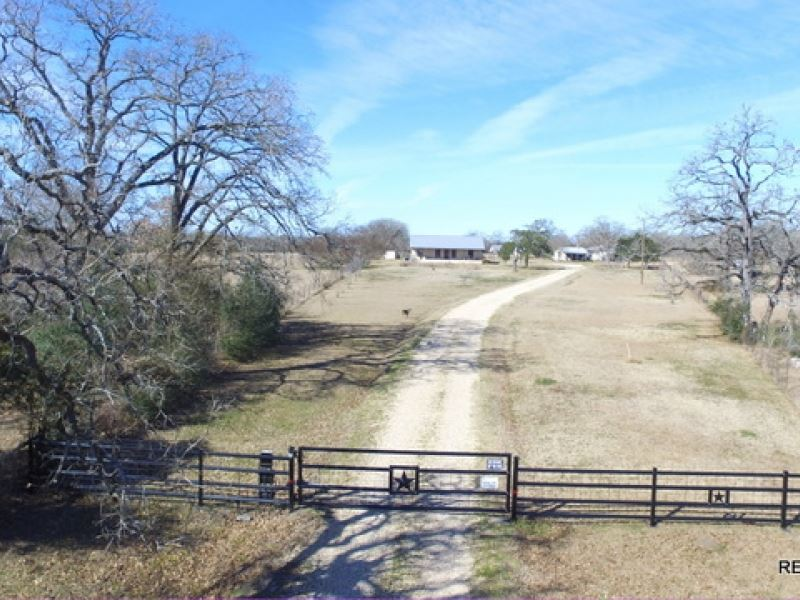 92.8 Ac - Ranch & Home : Iola : Grimes County : Texas