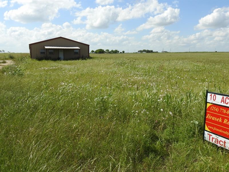 Bottoms Rd, 10+ Ac, Barndo Shell : Temple : Bell County : Texas