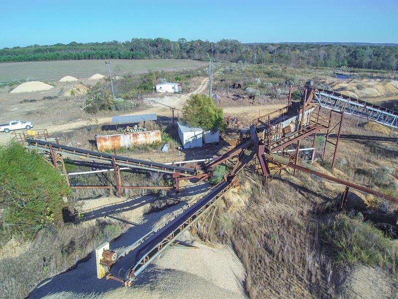 Silica / Gravel Mining Operation : Lowndesboro : Lowndes County : Alabama