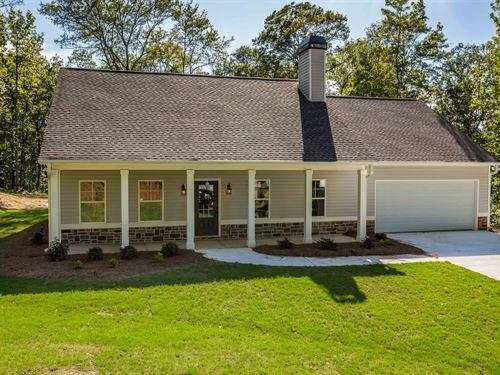 Spacious New Construction On 4+ Ac : Monroe : Walton County : Georgia