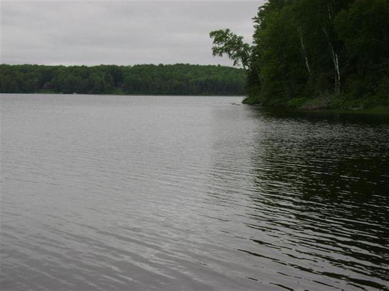 Cable Lake Rd 1106379 : Amasa : Iron County : Michigan