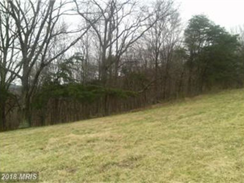 Community Landing Strip : Romney : Hampshire County : West Virginia