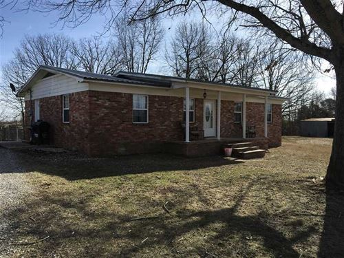 This 3 Bedroom 1.5 Bath Home Sits : Cave City : Sharp County : Arkansas